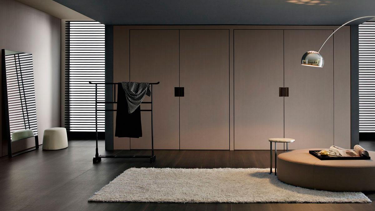Back stage b b italia piarti muebles de dise o italiano - Disenador de armarios ...