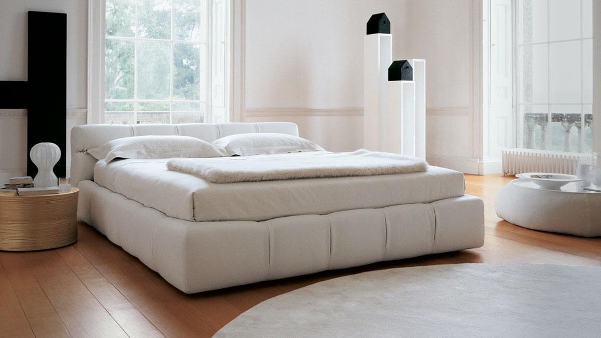Tufty cama b b italia piarti muebles de dise o italiano - Camas de diseno italiano ...